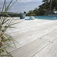 r ussir sa terrasse en bois exotique avec bois expo. Black Bedroom Furniture Sets. Home Design Ideas