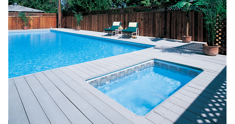 Les terrasses en bois composite trex transcend for Piscine composite
