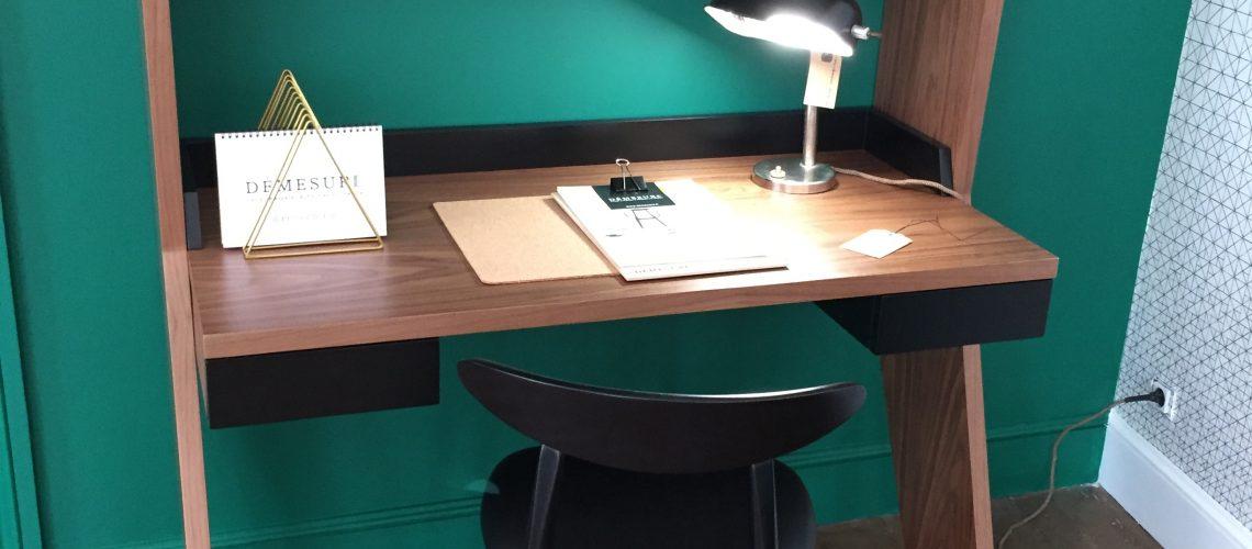 Bureau dandy